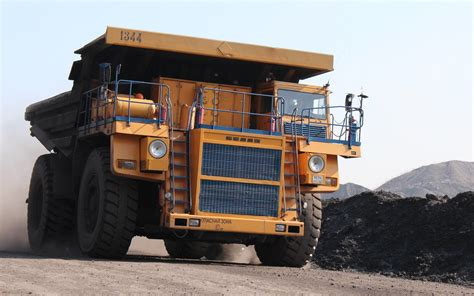 Car And Dump Truck by 59 Dump Truck Hd Wallpapers Background Images