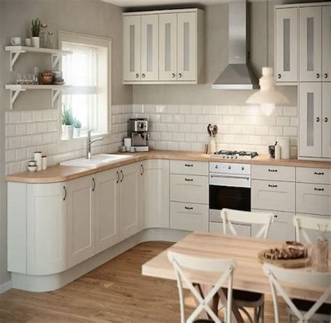 what colour tiles with ivory kitchen ivory kitchen what colour tiles tile design ideas 9630