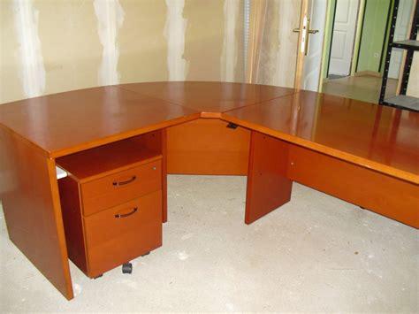 bureau d angle avec 騁ag鑽es grand bureau d angle armoire