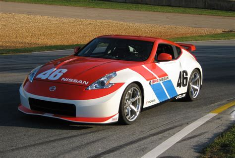 nissan 370z racing bre team anniversary 40th teams championship paint edition nismo cars autoblog 50th commemorates announced appeared following articles