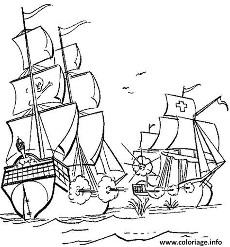 coloriage le bateau pirate attaque  navire de