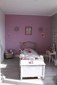 chambre fille gris et vieux rose chaioscom With chambre grise et rose
