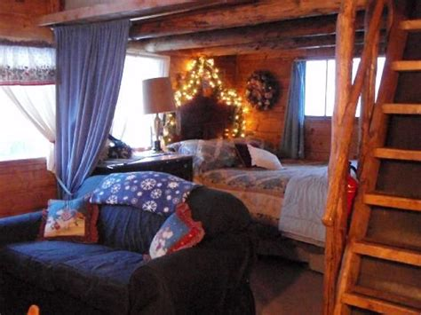 small cabin interiors sagewood cabins interior  cabin