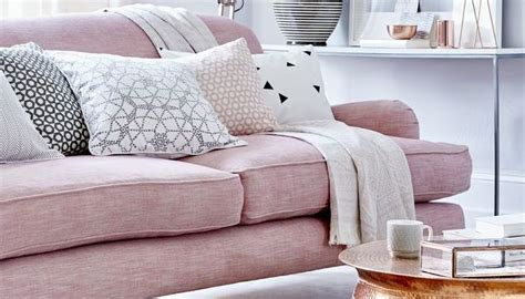top pin   day  pretty  pink living room