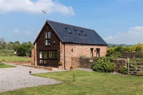 Converted Barn Sited Open Countryside by Bumble Bee Barn Cottage Description Classic