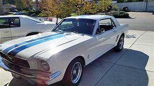 1st gen classic 1966 Ford Mustang Restomod auto For Sale - MustangCarPlace