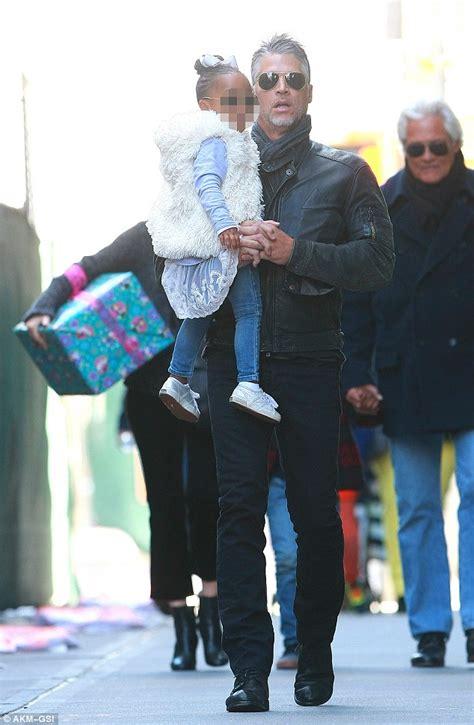 Sandra Bullock and beau Bryan Randall take her kids to a ...