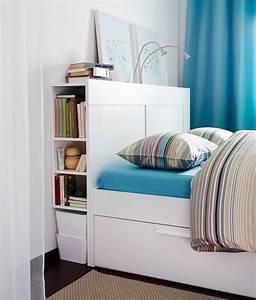 Tete De Lit Avec Tablette : gain de place meuble 2 en 1 pratique et multifonction ~ Teatrodelosmanantiales.com Idées de Décoration