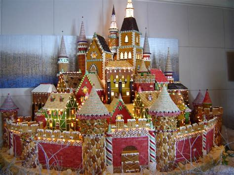 Gorgeous Gingerbread Houses