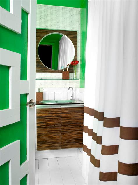 small bathroom ideas hgtv bold colored bathroom as this 6 foot by 7 foot atlanta bathroom demonstrates sometimes bold