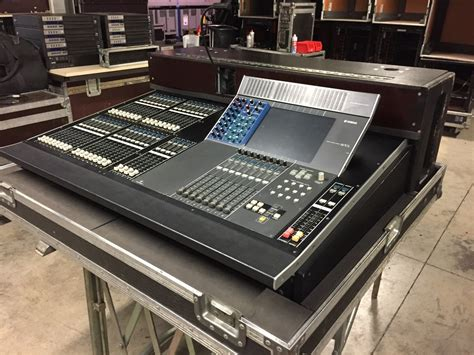 Digital Audio Console by M7cl 32 Digital Audio Console Gearsourceeurope