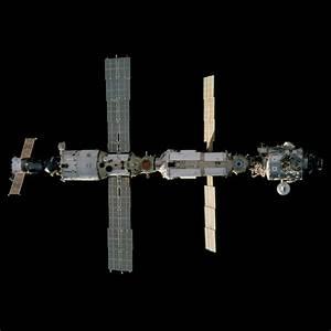 Station During STS-97 Shuttle Docking | NASA