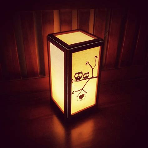 Kulit dan teras rotan dimanfaatkan untuk tikar dan keranjang. Jual Lampu Hias Kayu Motif Owl Love (Cuci Gudang) di lapak Alsyafir Craft alwifauziassegaf
