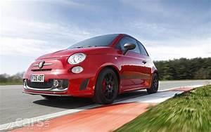 Fiat 500 Abarth Competizione : fiat gives the abarth 595 competizione 178bhp costs from 19 890 cars uk ~ Gottalentnigeria.com Avis de Voitures