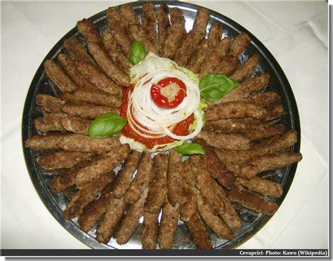 cuisine des balkans cevapcici un incontournable dans la cuisine des balkans