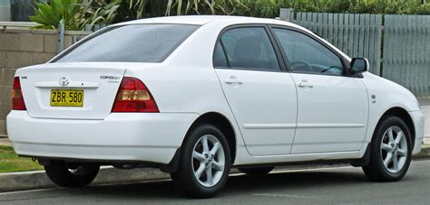 toyota sedan file 2003 2004 toyota corolla zze122r conquest sedan 02 jpg