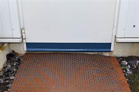 Türen Abdichten Kälte by Statt Gummidichtungen Spaltabdichtung F 252 R T 252 Ren Im Gewerbe
