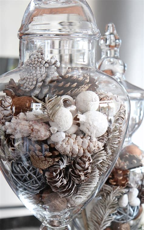 Jars Kitchen Decor by 10 Minute Kitchen Decor Idea Setting For Four