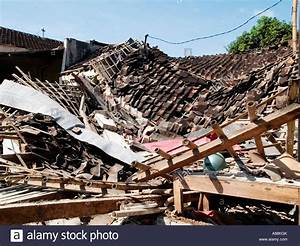 Building Lays In Ruins Moments After The Big Earthquake