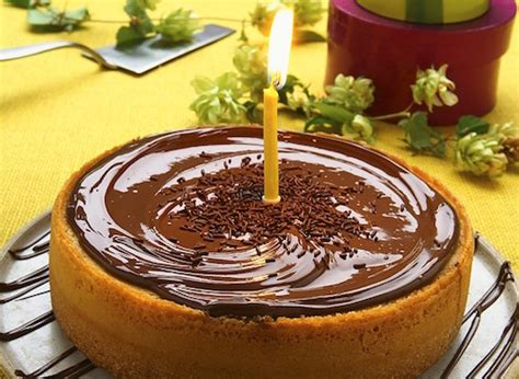 pieds cuisine gâteau au citron et nappage au chocolat recette facile