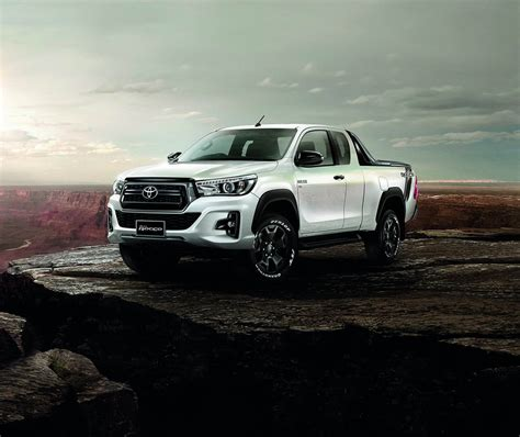 Toyota Hilux Photo by Toyota Hilux Goes To Thailand For A Rugged Facelift