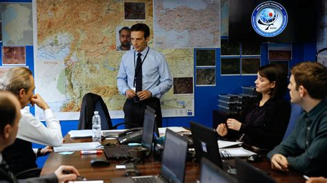 le de bureaux la série d espionnage à apogée showtime