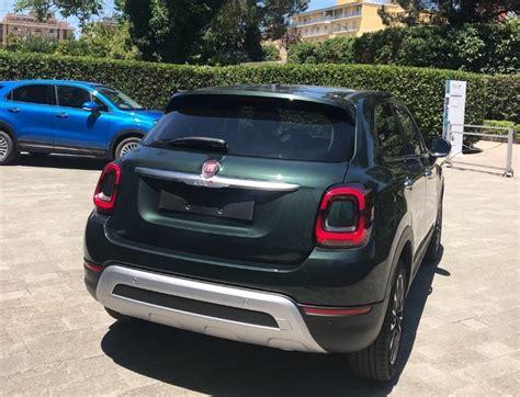 fiat  cross  facelift rear  quarters