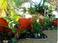 great tropical patio design ideas 10 Beautiful Gardens with Tropical Plants