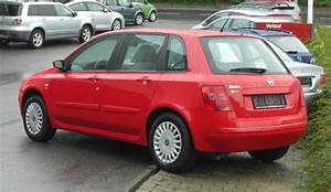 Fiat Stilo 2002 : fiat stilo history of model photo gallery and list of modifications ~ Gottalentnigeria.com Avis de Voitures