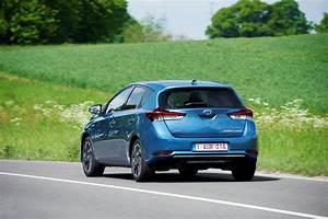 Fiabilité Toyota Auris Hybride : toyota auris hsd 2015 prix et caract ristiques de l 39 auris hybride photo 4 l 39 argus ~ Gottalentnigeria.com Avis de Voitures
