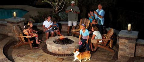 3 Design Tips For Incorporating A Fire Pit Into Your