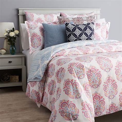 Robshaw Coverlet by Jr By Robshaw Ura Bedding Collection Bloomingdale S