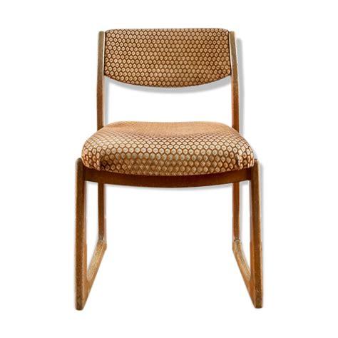 chaise fauteuil scandinave de type traineau