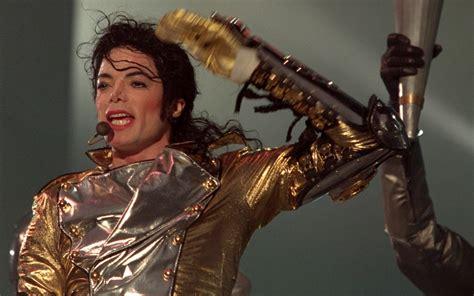 25 Rare Michael Jackson Wallpapers