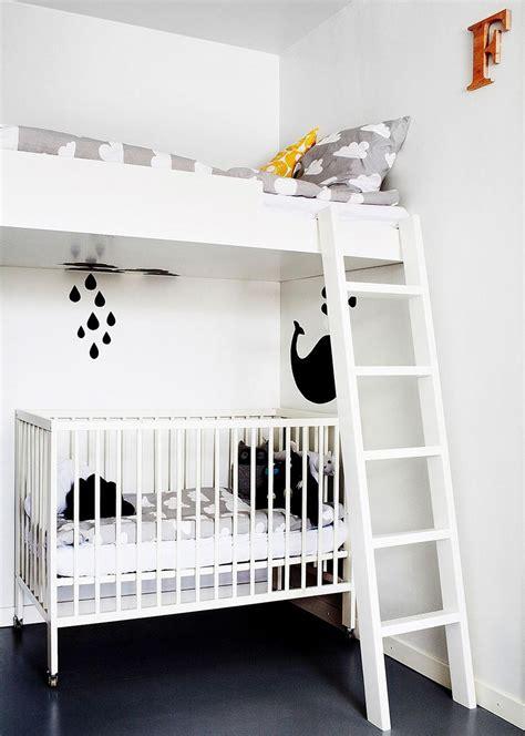 chambre et blanc noir et blanc s 39 invitent dans la chambre d 39 enfant joli tipi