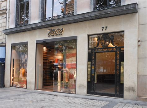 bureau change chs elysees longch set to open its largest european flagship store