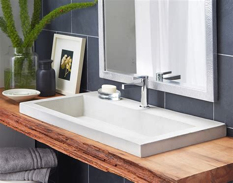 choosing  bathroom sinks  small space