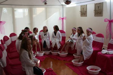 zoes spa pamper party  dance   party