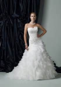 places that buy wedding dresses 5 places to find a wedding dress chicago wedding