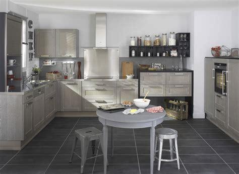 cuisine gris et bois cuisine bois gris moderne le bois chez vous