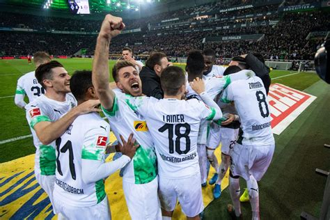 Borussia mönchengladbach against bayern münchen is a fixture steeped in tradition in the bundesliga. Borussia Mönchengladbach Underline Title Ambitions With 2 ...