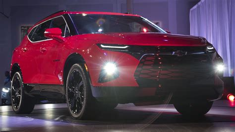 Wuling Almaz 4k Wallpapers by The New Chevrolet Blazer Is Here And It Looks Like An