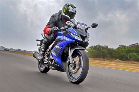 yamaha yzf   review test ride performance