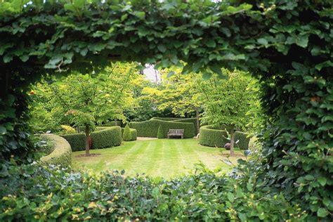 Jardin De Colette Sainte Beuve entre bocage et falaises fl 226 nerie au cœur du bessin la