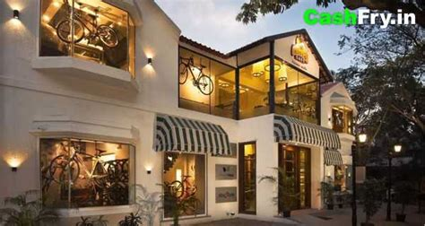 The entrance isn't quite grande though. Best Coffee Shops in Hyderabad | CashFry Blog