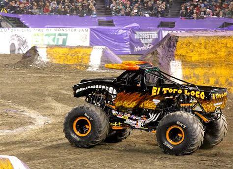 El Toro Loco Monster Truck Full Freestyle