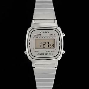 Montre Vintage Casio : casio la670wea 7ef montre casio vintage acier et cadran gris boutique vintage ~ Maxctalentgroup.com Avis de Voitures
