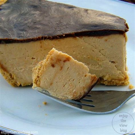 Flaky pastry crust is what makes this pie different, along with a creamy [this peanut butter pie is sponsored by kitchenaid. Melt-in-Your-Mouth {sugar-free} Peanut Butter Pie | Chocolate peanut butter recipes, Low sugar ...