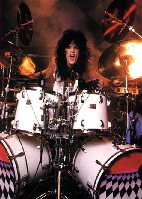 tommy lee drummerworld