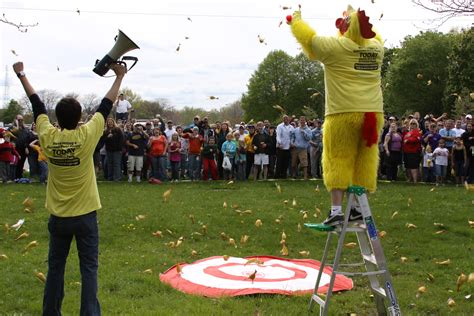 people participate   largest rubber chicken toss  set   guinness world record